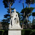 Statue Lord Byrons im Park der Villa Borghese